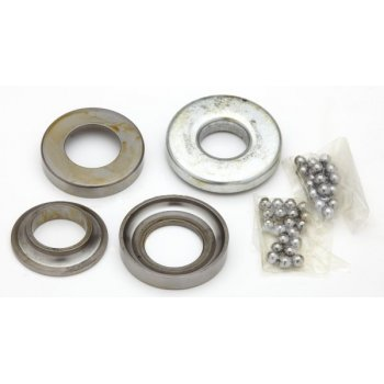 Triumph BSA A75, T90/T100/T120/T150 Steering Head Bearing Set