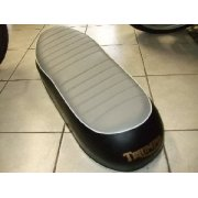 Classic Motorcycle Triumph T120/TR6 Dual Seat (1968-69) UK made OEM No 82-7776