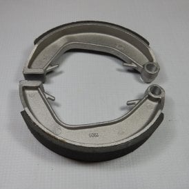 Norton Dominator / Commando Front & Rear Brake Shoes OEM No 06-0828, 06-3417